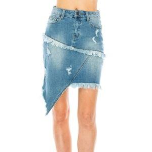 MUTJEANS peculiar asymmetric denim mini skirt